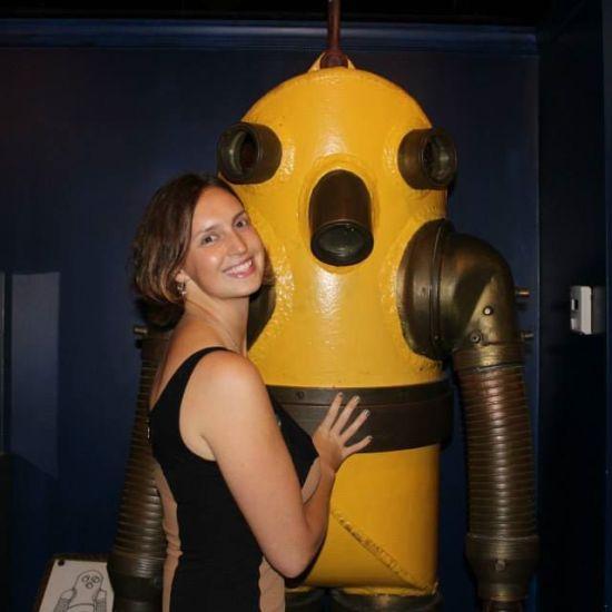 Alyssa Engiles, History of Diving Museum & Friend
